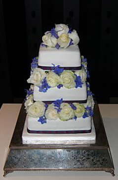 'Rose Macintosh' wedding cake